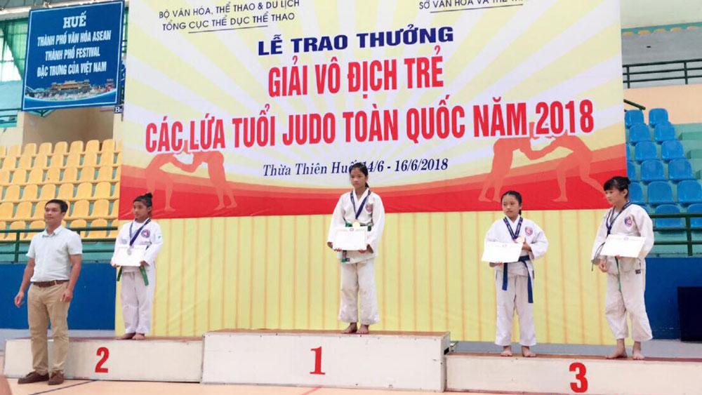 Nguyễn Thị Duy Anh giành HCV nhóm tuổi trẻ Judo toàn quốc
